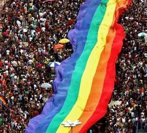2013/01/pride_parade.jpg